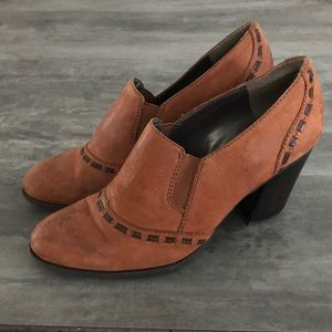 Naturalizer Leather Heels shoes